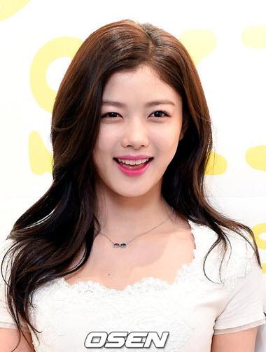 lac-loi-vi-kim-Yoo-Jung-lot-xac-xinh-dep-rang-ngoi (6)
