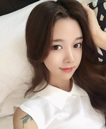 ngam-bong-hoa-xinh-dep-xu-han-Jo-Min-Yeoung (8)