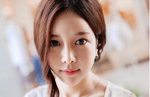 cho-min-yeong-xinh-dep-rang-ngoi-khien-fan-phat-sot (5)